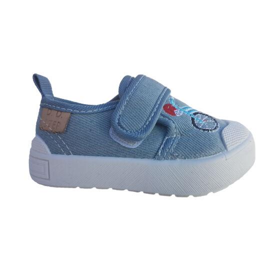 Gyerekcipő keresés  benti cipő bölcsibe - 1. oldal 80d87be892