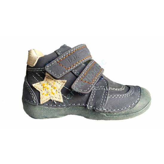 DD Step, tavaszi kisfiú cipő csillaggal.